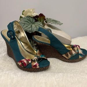 Roberto Vianni Gold and Teal Wedges